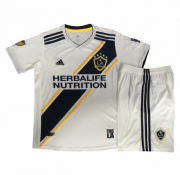 KIDS LA GALAXY 2018-19 HOME SOCCER SHIRT WITH SHORTS